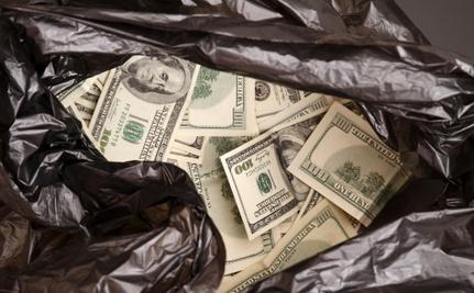 Homeless Man Returns $42,000, Internet Rallies to Thank Him