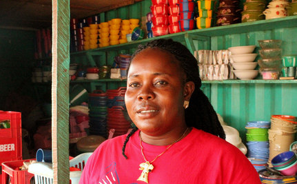 From Roadside Merchant to Cross-Border Trader: How One Woman Changed Her Life in Two Years