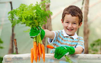 5 Awesome School Gardens Helping Kids Eat Healthy