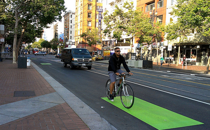 Cyclists, Rejoice: Protected Bike Lanes Are Being Built More Safely