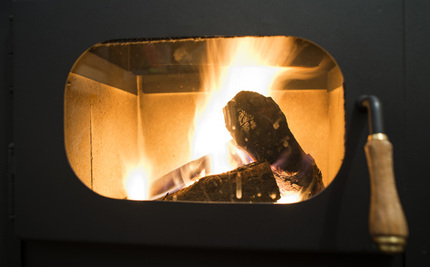 New Wood-Burning Stoves Need New Health-Protective Standards