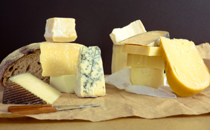 """Say """"Au Revoir"""" to Feta, Parmesan and Muenster. Europe Wants its Cheese Back"""