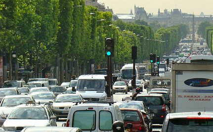 Paris Banned 50% of Cars on Monday in Response to Severe Pollution