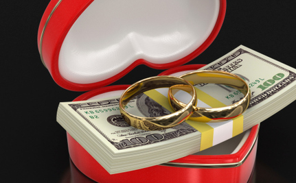New Theory Suggests Poor Should Marry Rich to End Income Inequality