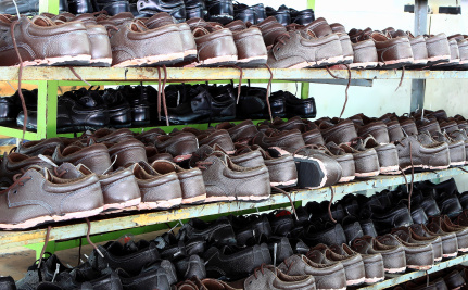 Cheated Shoe Workers Strike, Shut Down Chinese Factories