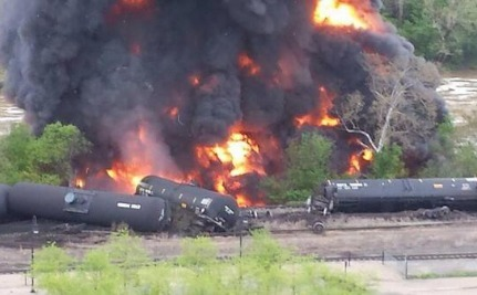 Less Than 24 Hours After Virginia Oil Train Spill, Same Company Derails Again in Maryland