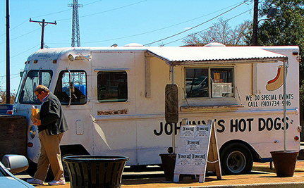 Is it Better to Eat at a Food Truck Than a Restaurant?