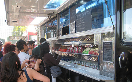 Food Trucks Ensure That Kids Can Eat During the Summer