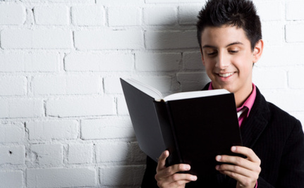 7 Ways to Encourage Young People to Read