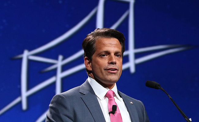 'Moochas Gracias': Social Media Reacts to Scaramucci Departure