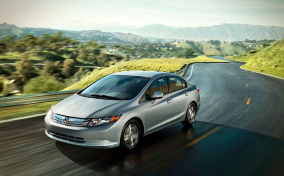 green-car-honda-civic-hybrid