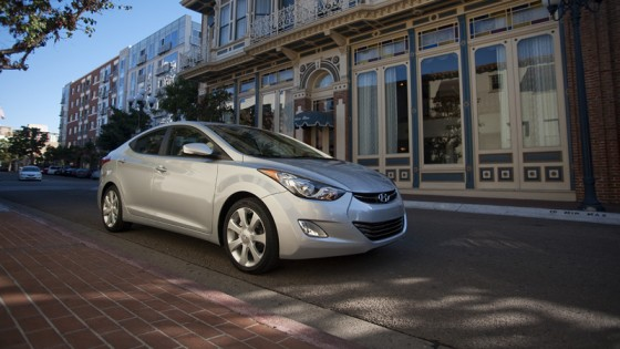 green-car-hyundai-elantra