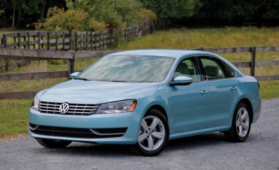 green-car-vw-passat