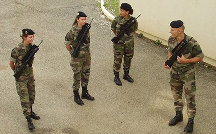 French Army Women Photo Credit damopabe