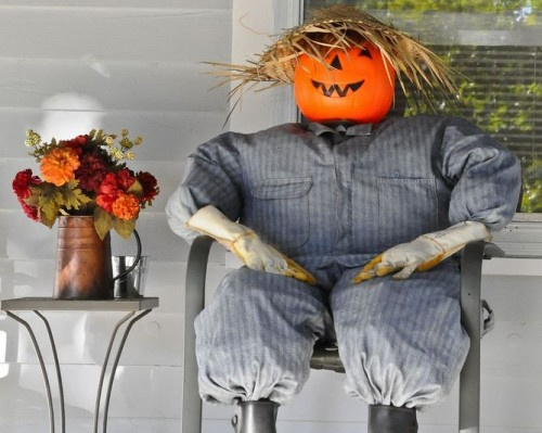 Eco-friendly halloween decorations scarecrow