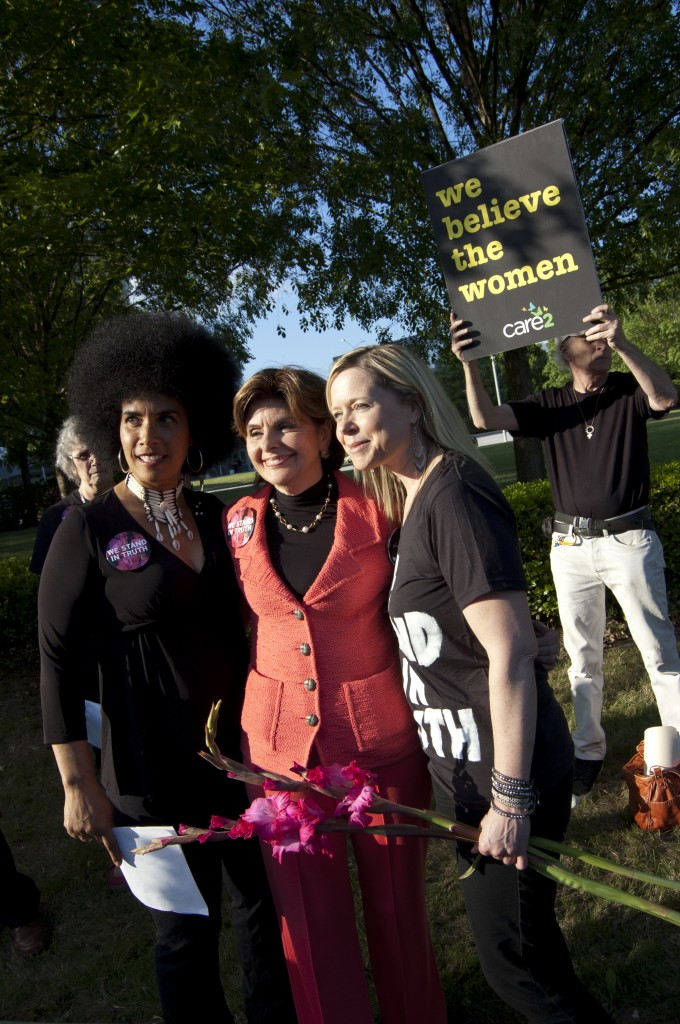 Lili Bernard, Gloria Allred, and Brandy Betts