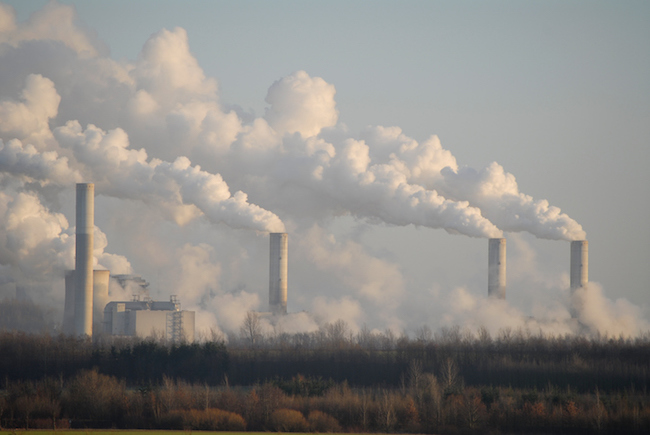 Air pollution by power plant