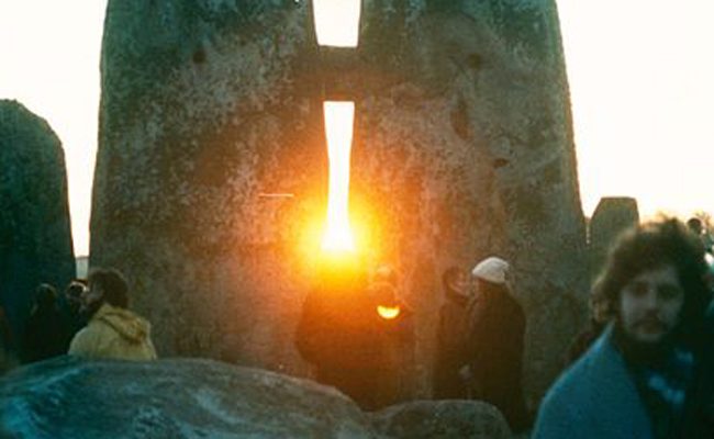 A Winter Solstice Ritual For Reflection & Release