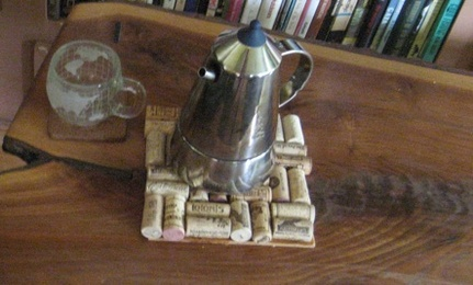 Upcycling: DIY Wine Cork Trivet