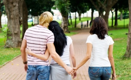 Ask the Loveologist: Polyamory, More Love or More Confusion?