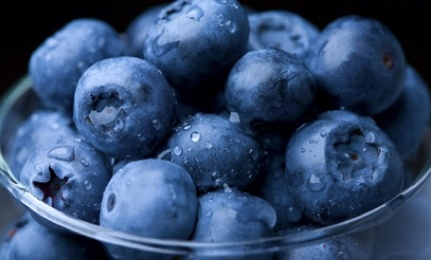12 Surprising Reasons to Eat More Blueberries