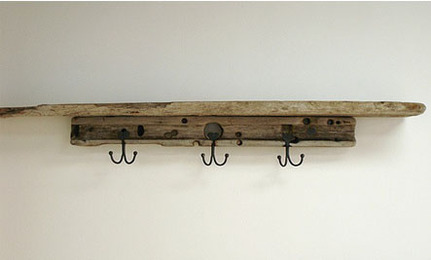 DIY: Rustic Wooden Shelves