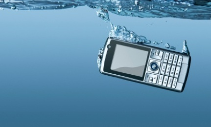 6 Steps for Saving a Wet Cell Phone