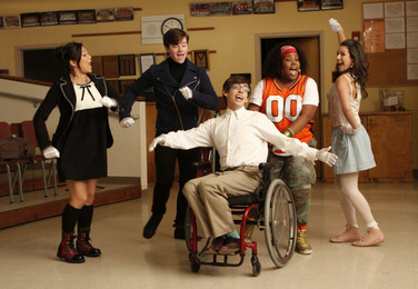 Glee: Does It Get Teen Life Right?