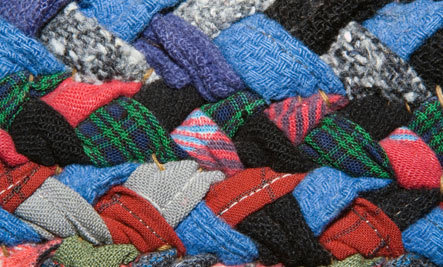 Create a Handmade Rag Rug for a Holiday Gift