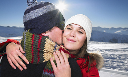 4 Tips to Help Your Relationship Thrive During the Holidays