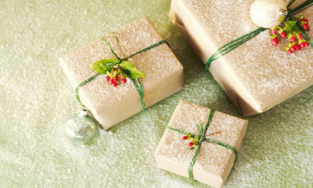 10 DIY Holiday Food And Craft Gifts