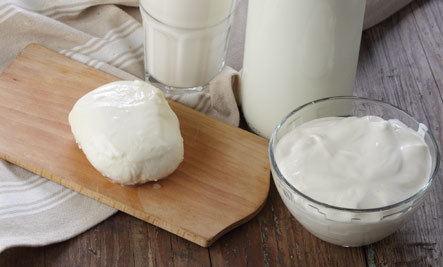 3 Recipes for Homemade Cheese