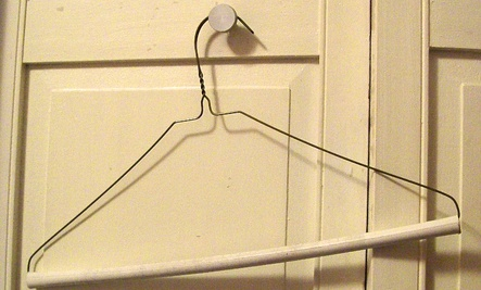 10 Uses for Dry Cleaning Hangers
