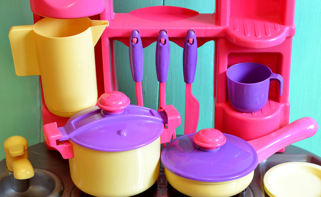 10 Ways to Get Plastic Out of Your Kitchen