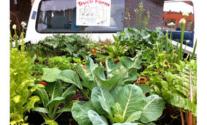 Truck Farm Chicago Brings Nutrition to Kids