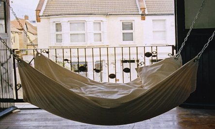 Lazy Summer: Make Your Own Simple Hammock