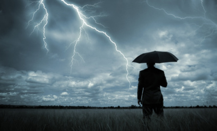 3 Keys to Navigating Life�s Storms – Book Giveaway!