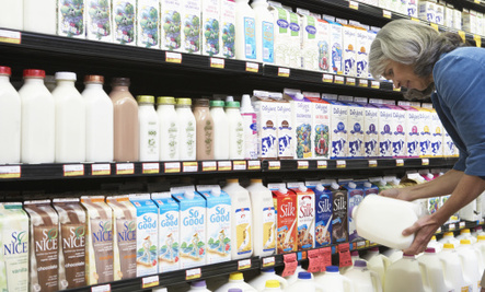 7 Alternatives to Conventional Milk
