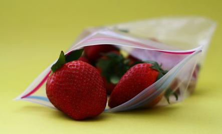 15 Re-Uses for Plastic Zipper Baggies
