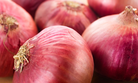 14 Surprising Uses for Onions