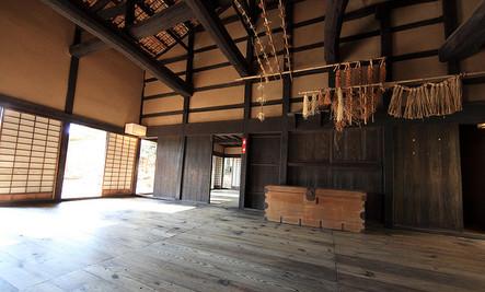 Get the Rustic Home Look: Farmhouse Wood Floors