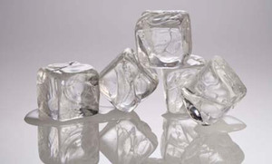16 Surprising Uses for Ice Cubes