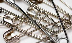 15 Surprising Uses for Safety Pins