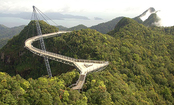 8 Unbelievable Bridges (Slideshow)
