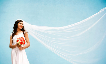 10 Handmade Wedding Dresses For the DIY Loving Bride