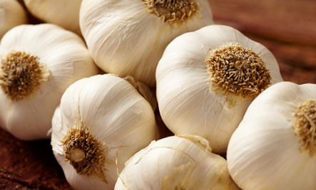 16 Creative Ways to Use Garlic