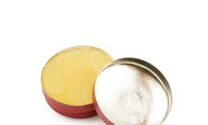 5 Natural Lip Balms + Recipes to Make Your Own