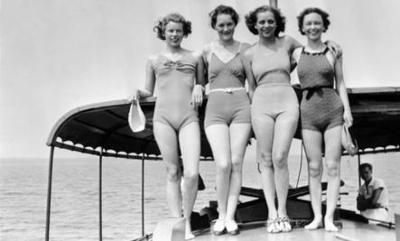 10 Vintage Bathing Suits We Love