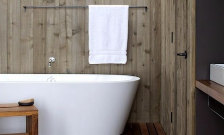 5 Simple Bathrooms with Wood