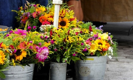 The Secret Behind Beautiful Farmers' Market Bouquets